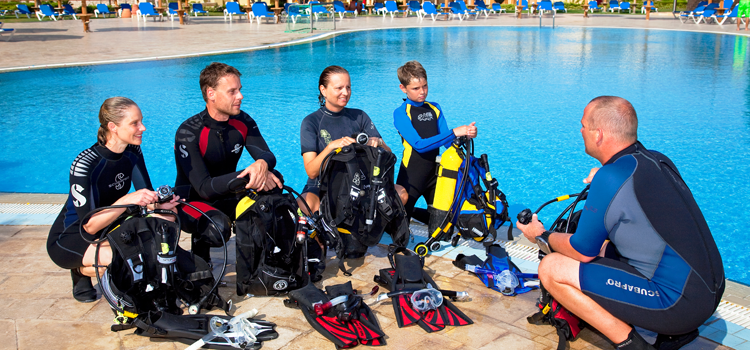 Start a Scuba DIvIng Course today!